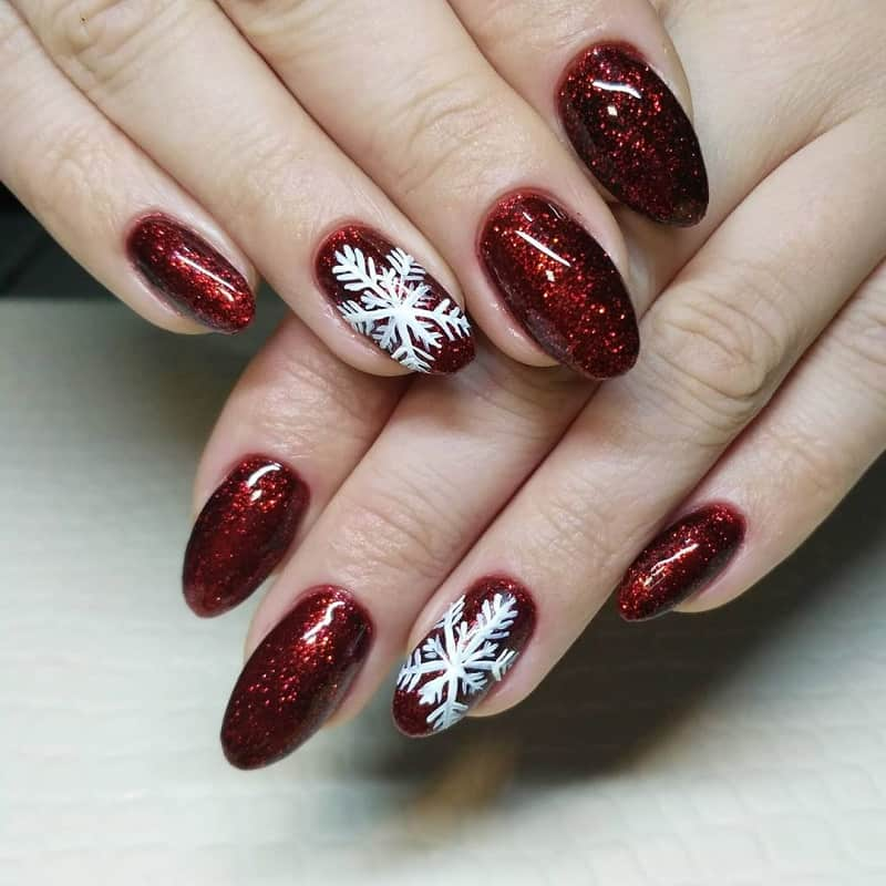 maroon christmas nails