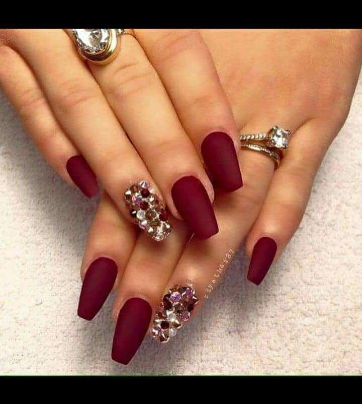 12 Spell-Binding Maroon Acrylic Nails for 2021