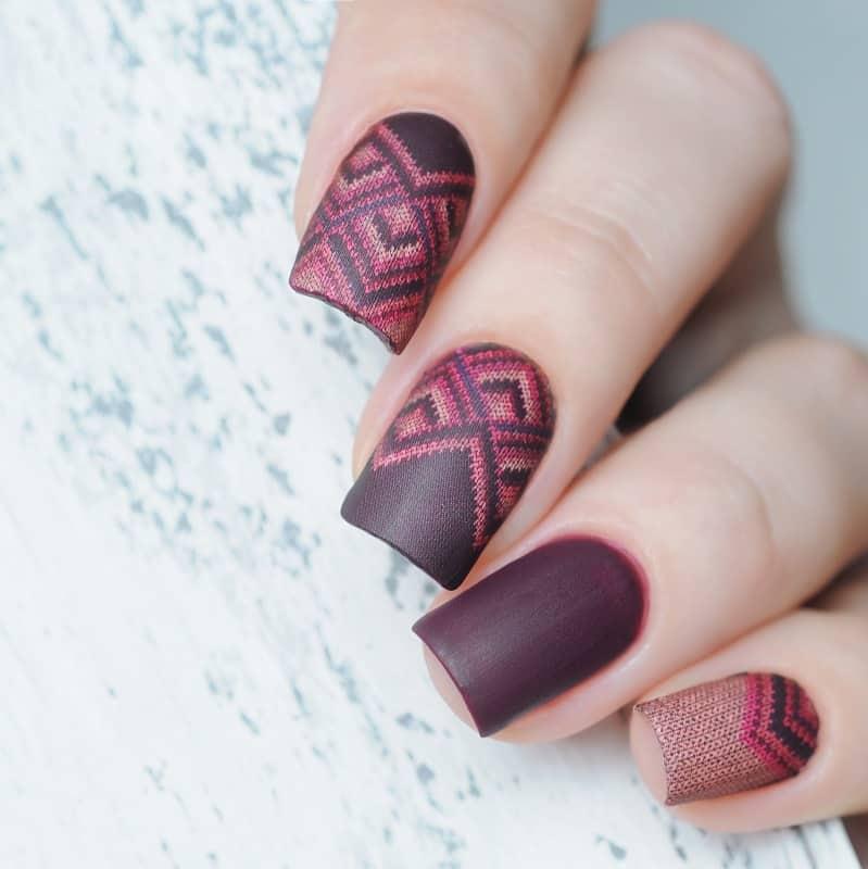 maroon matte gel nails