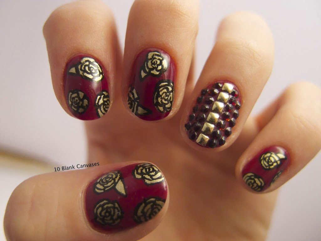 Flower design Maroon and Gold Nail
