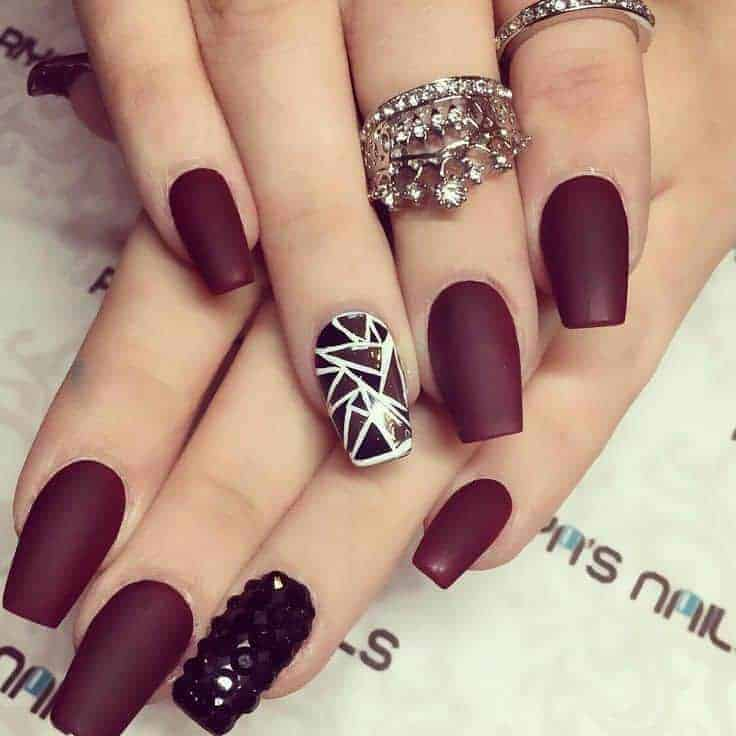 12 Creative Black & Maroon Nails