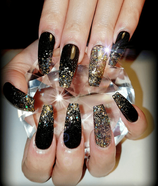 Recreating original nail designs might not be facile. Choosing the right  ones that go with the right occasion and increase your outfit by a factor  of 10 is ... - Black And Gold Nail Designs: 31 Fabulous Ways To Rock'em