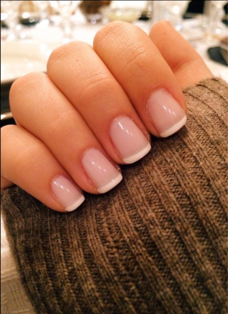 What Are Pink & White Nails Aka French Nails?