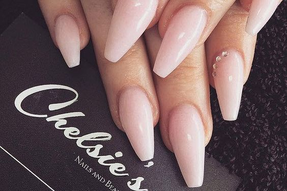 35 Amazing Ballerina Nails to Spread