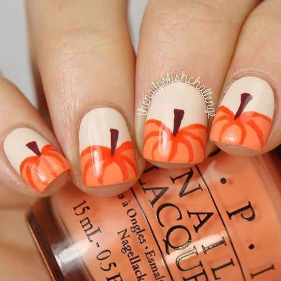 Thanksgiving Nail Design With Pumpkin