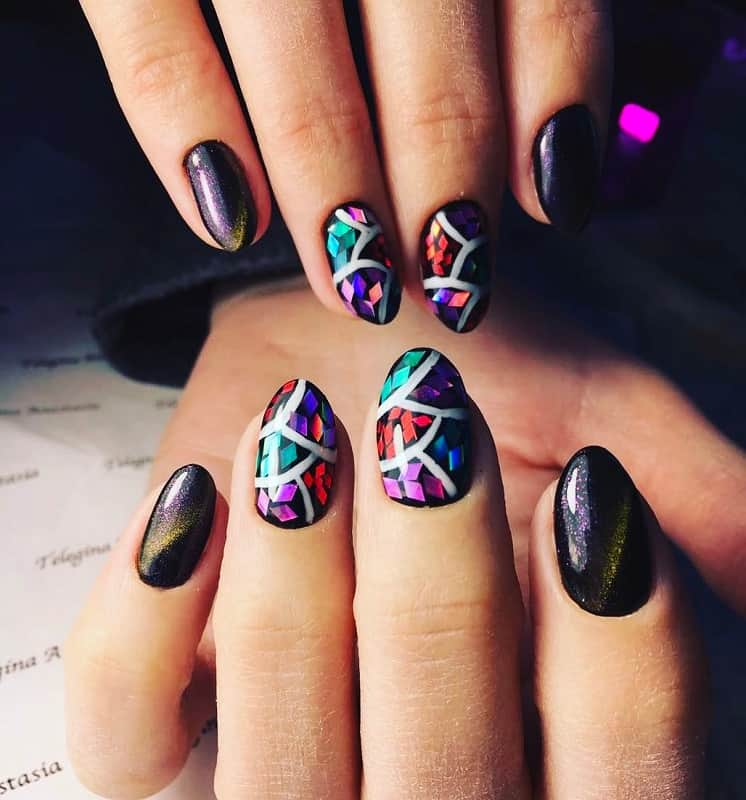 short black oval nails