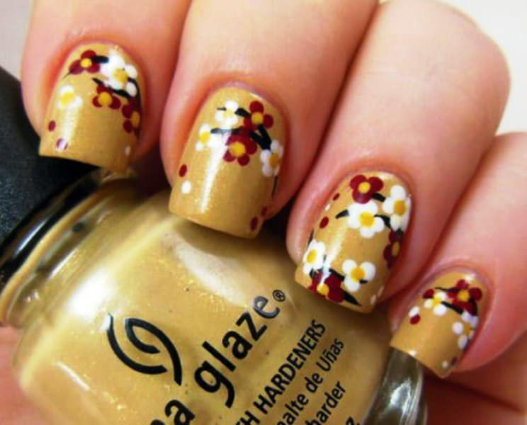 10 charming cherry blossom nail art naildesigncode golden cherry blossom nail design prinsesfo Gallery