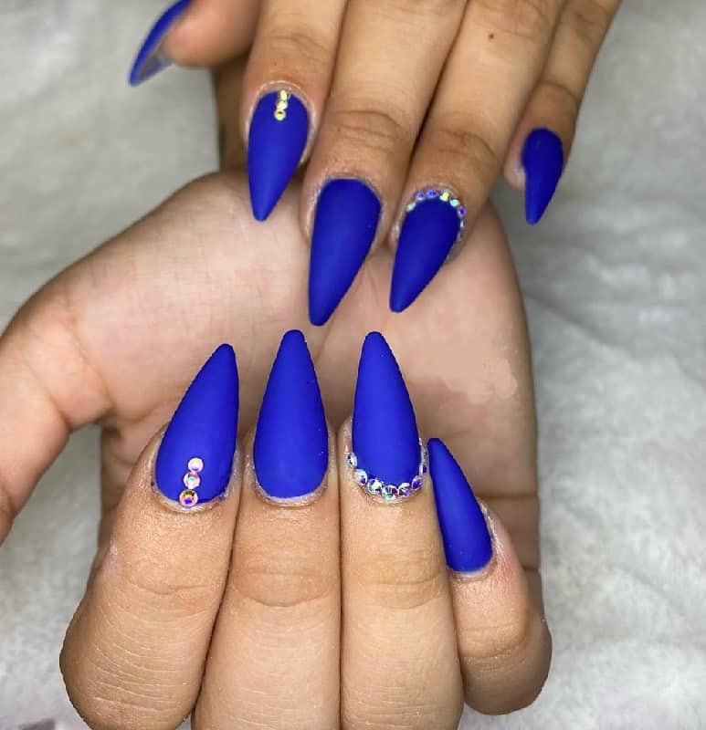 matte  stiletto royal blue nails