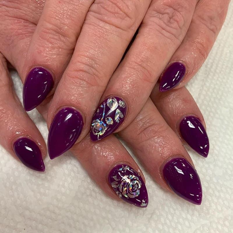 short stiletto burgundy nails