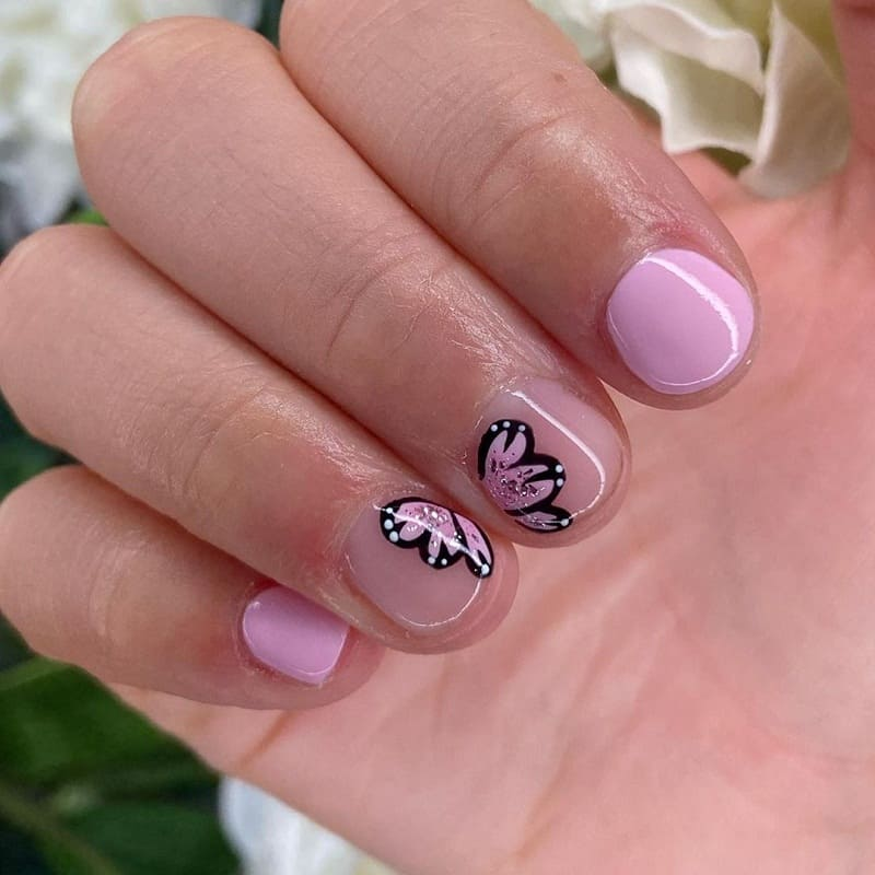 very short rounded nails