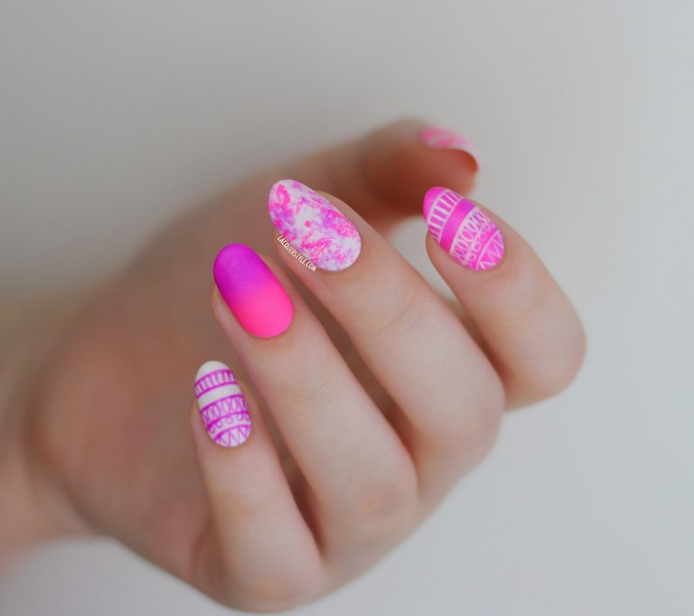 30 Stunning Round Nail Design Ideas