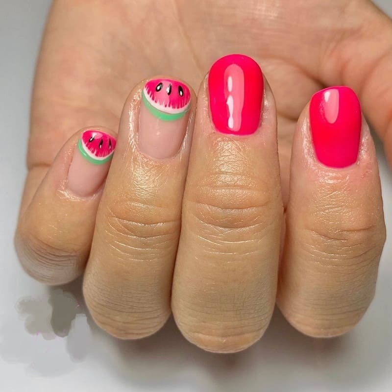 cute short round nails