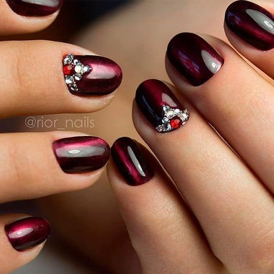 Acrylic Round Nail Design with Stone - Rounded Acrylic Nails: 7 Trendy Designs To Flaunt – NailDesignCode
