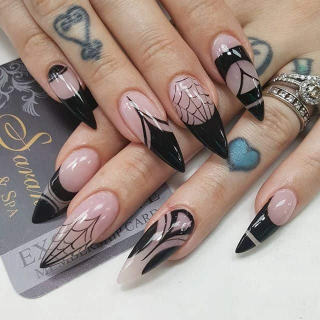 Stiletto nails in Spider art