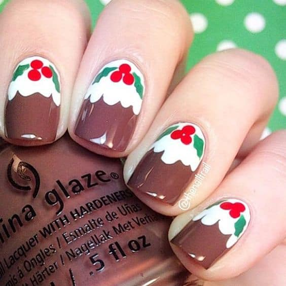 Brown winter nail art