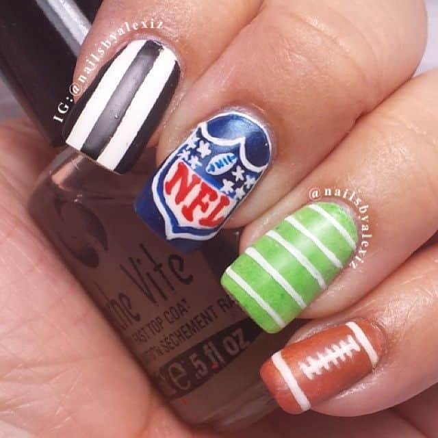 NFL Football Nail Arts