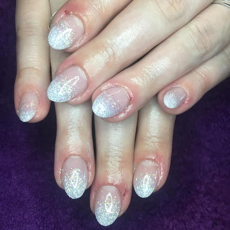 short oval glitter ombre nails