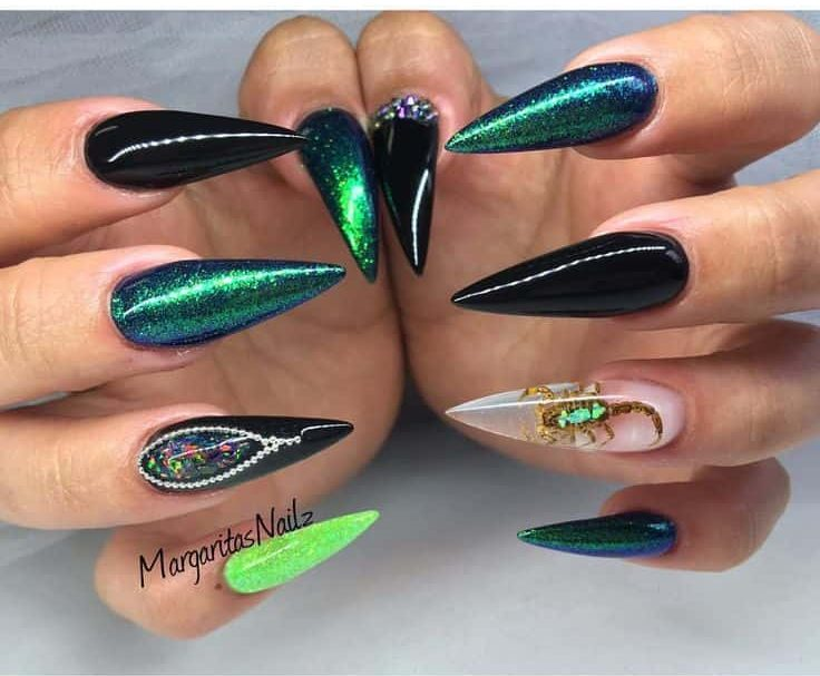Green Shining stiletto nail design