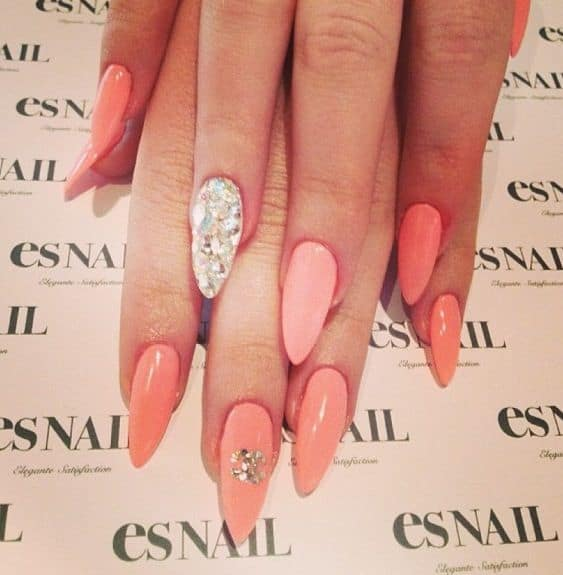 Stiletto Peach design