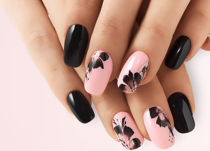 Pink & Black Airbrush Nail