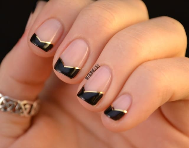 15 eye catching black tip nails that are simply elegant black tip nail designs prinsesfo Gallery