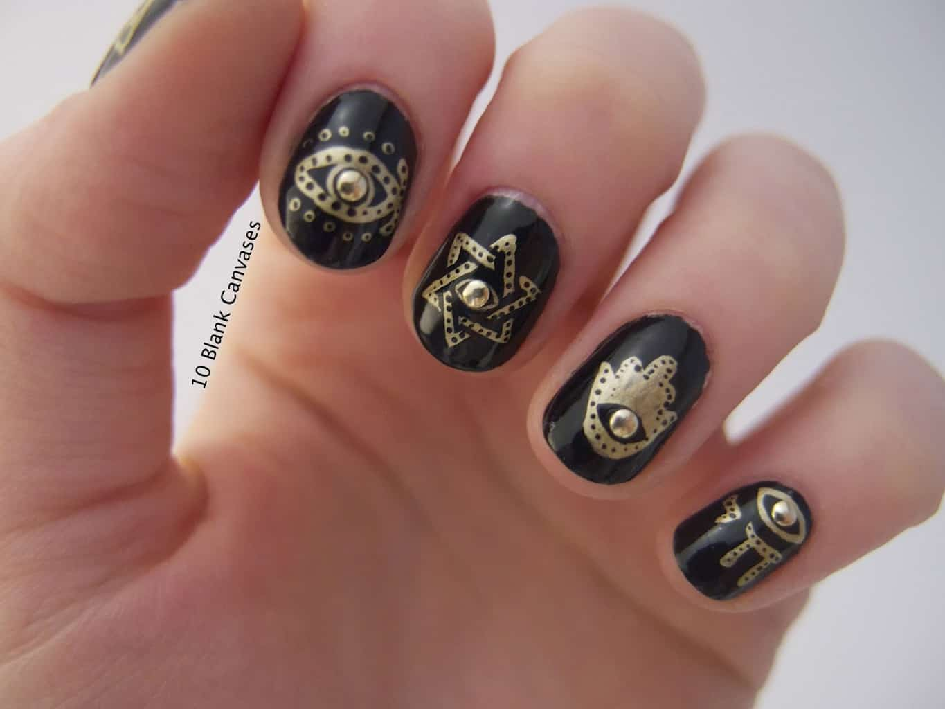 Illuminati Designs on Round Nail