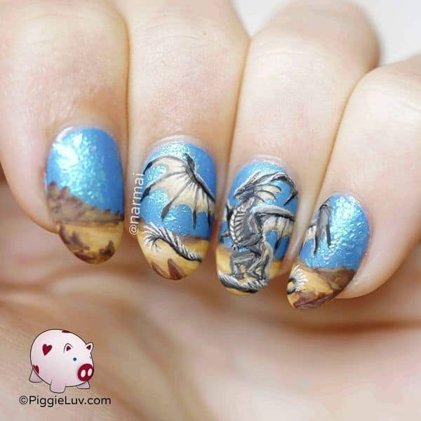 Dragon Round Nail Design