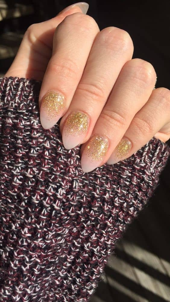 Short Almond Acrylic Nails: 5 Wondrous Ways to Flaunt