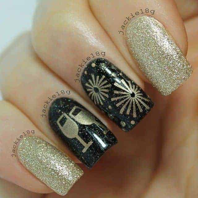 30 Fabulous New Years Nail Designs to Welcome in 2021