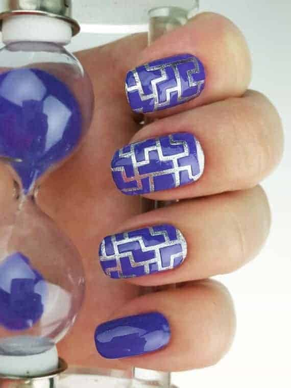 Square Round Nails