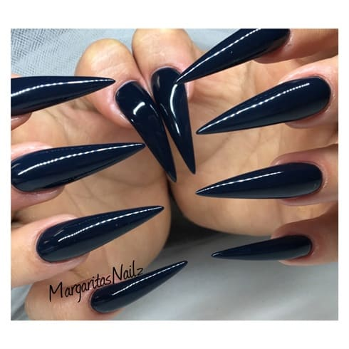 Pure Black color pointy stiletto
