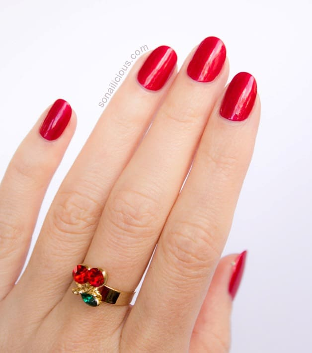 Red Short Oval Nail design