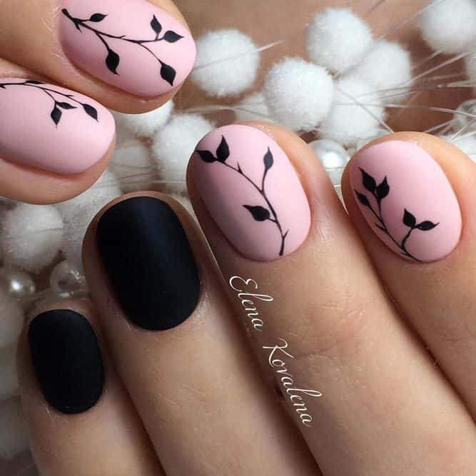 20 Tempting Round Nail Designs to Get Trendy