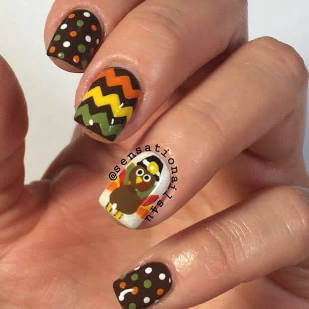 Chevron art nail for thanksgiving