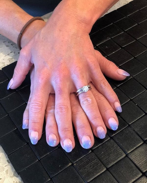 Oval Shaped Short Ombre Nails