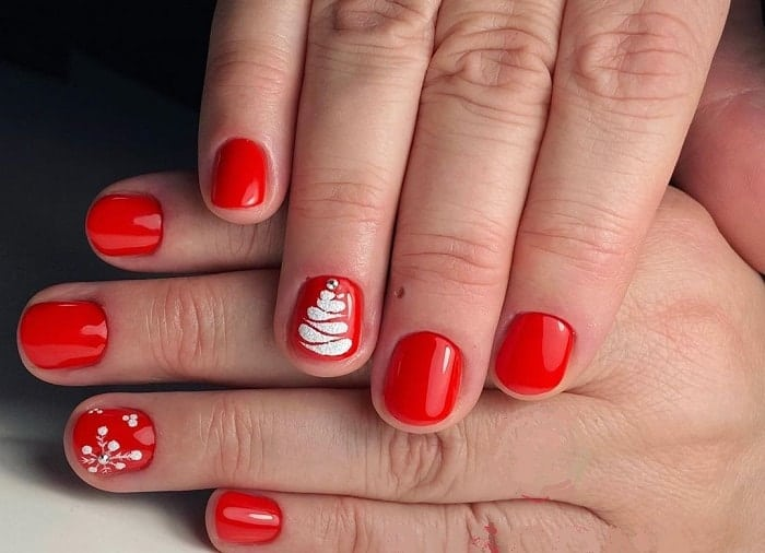 Round Short Red Nails