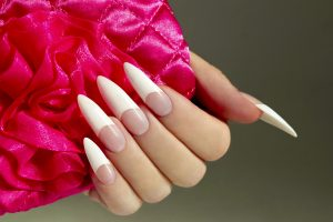how to shape stiletto nail