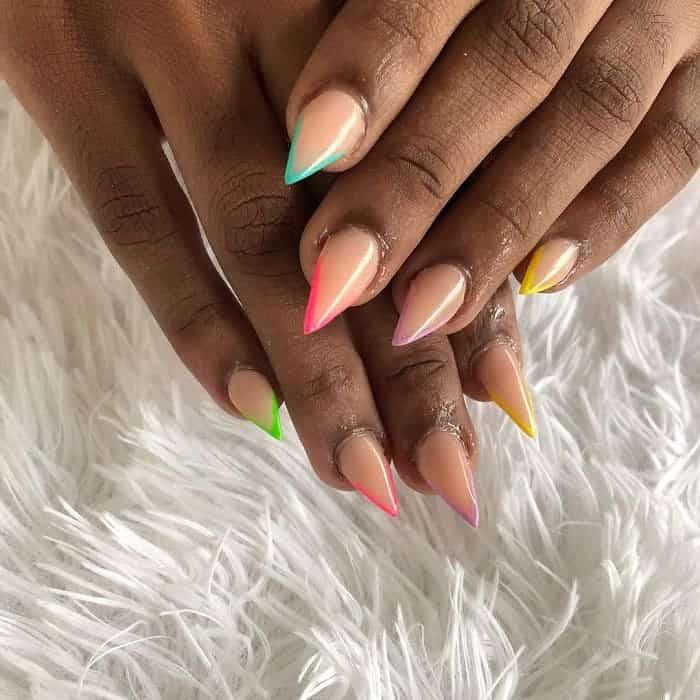 short nude stiletto nails