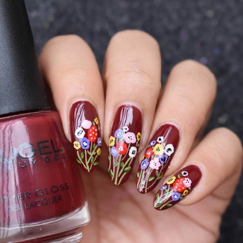 hand painted red nails