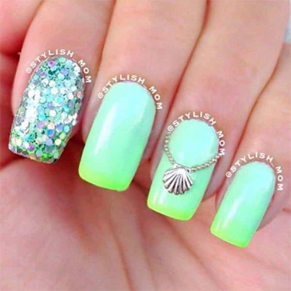 Beach Nail Design With Glitters