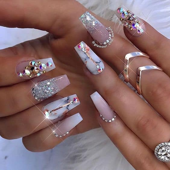 Crystal Nail Combined with marble pattern