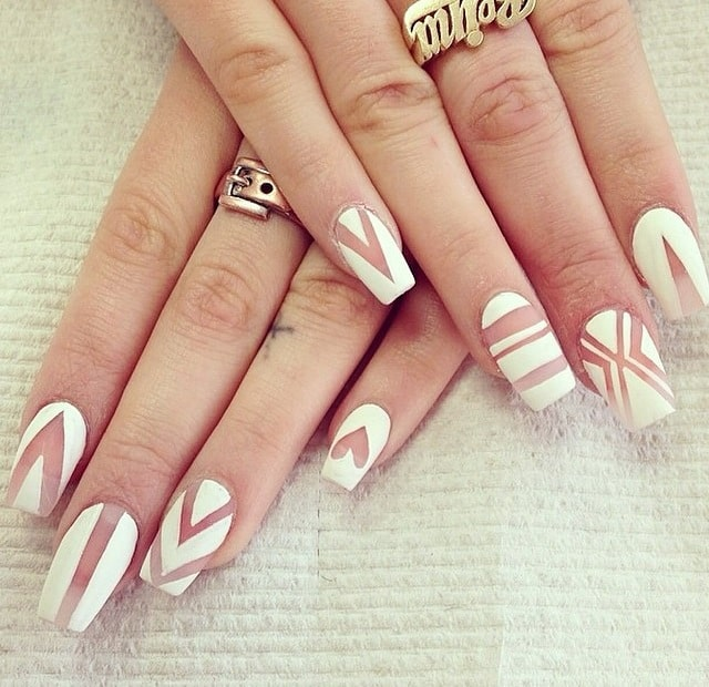 15 clear nail designs to get a simple yet gorgeous look white clear nail art prinsesfo Gallery