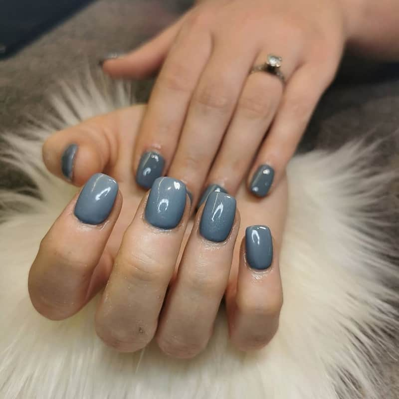 short square grey nails