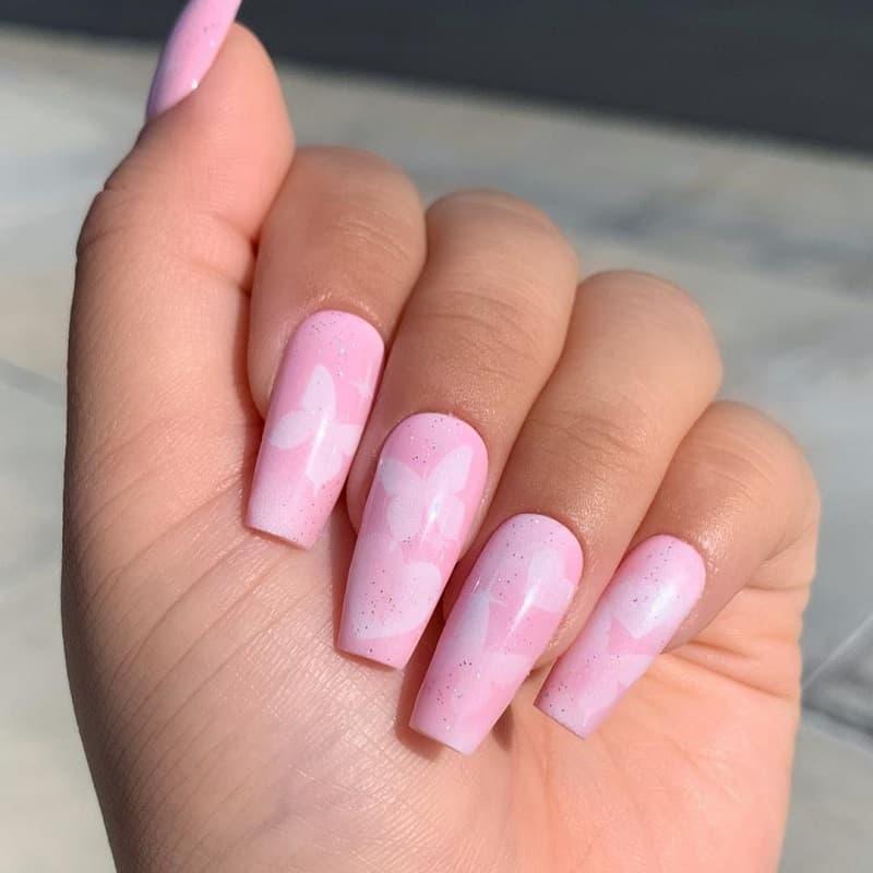 airbrush pink nails