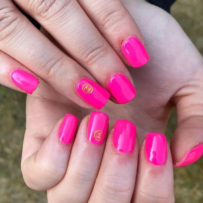 chanel hot pink nail polish