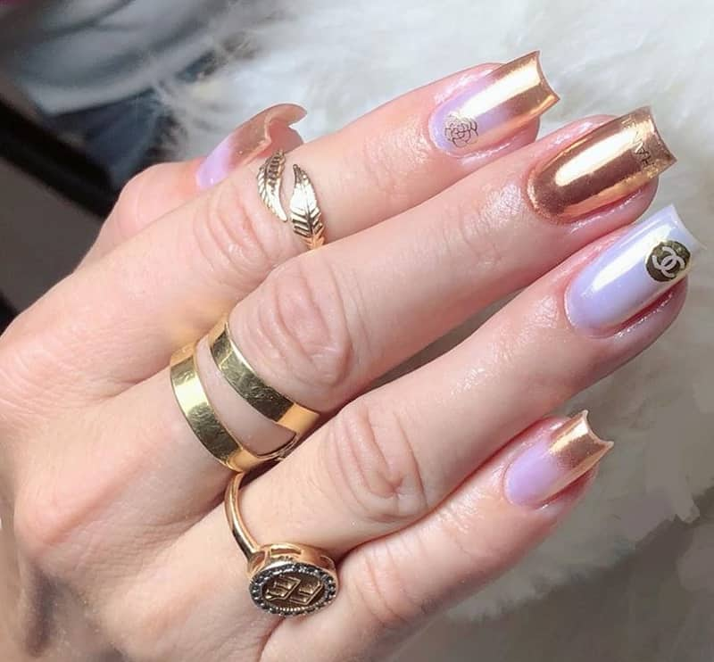 chanel metallic gold nail polish