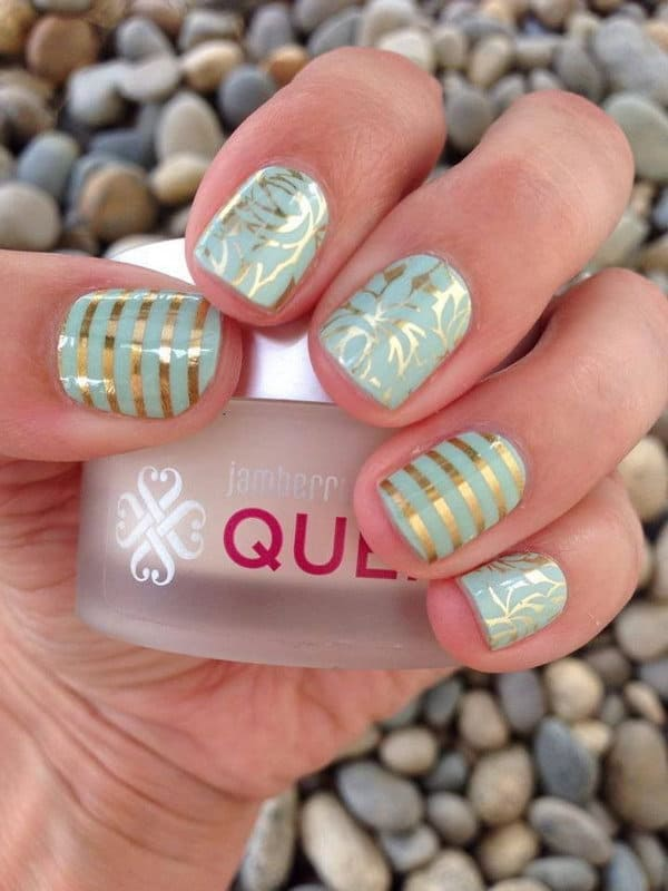 mint green line nail design