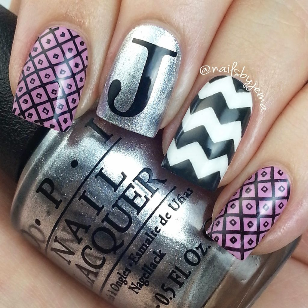 Black and pink chevron nail