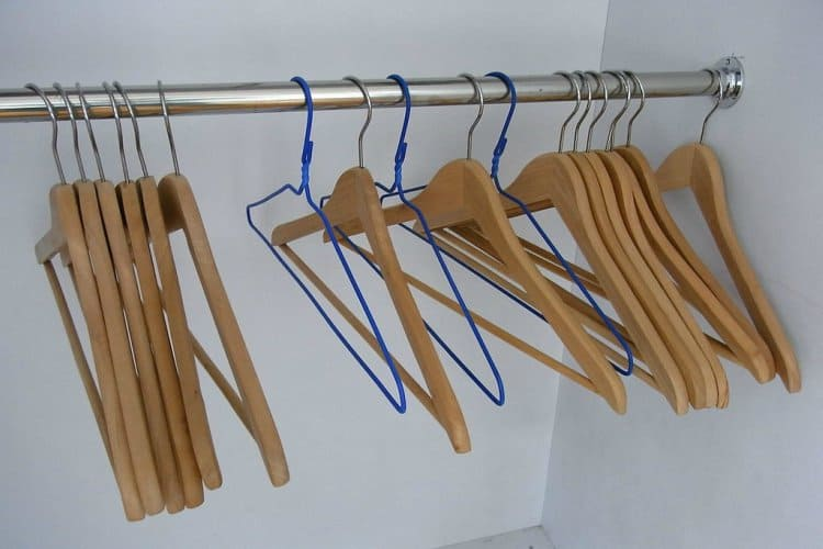 Smooth out wooden Hanger with clear nail paint