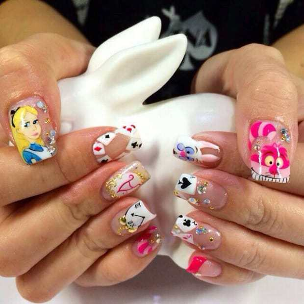 Alice In Wonderland Nail Art: 12 Design To Indulge in Fantasy